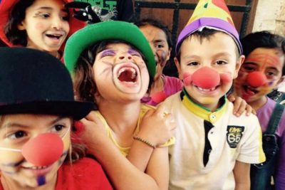 Circus skills help Syrian refugee children to settle in Turkey