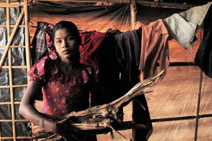 Trapped in hot refugee camp tents, Rohingya girls dream of being in school