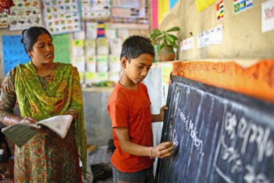 Too easy just to blame teachers for education failings, says UN report